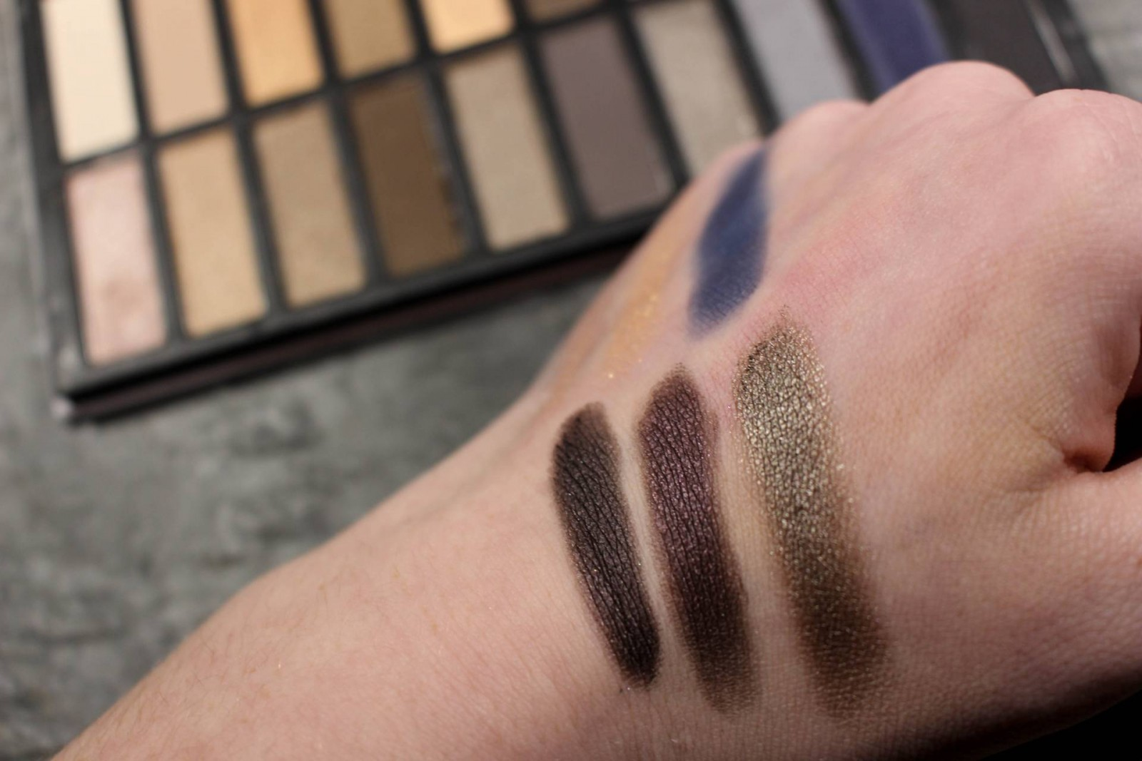 Coastal Scents Revealed Smoky Swatches
